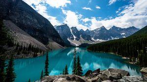 Превью обои горы, озеро, вершины, заснеженный, долина