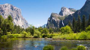 Превью обои горы, подножье, деревья, озеро, пейзаж