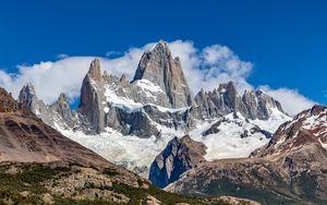 Превью обои горы, вершина, снег, облака, природа, пейзаж