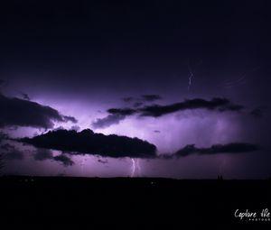 Превью обои гроза, молнии, облака, вспышки, фиолетовый, темный