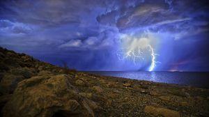 Превью обои гроза, шторм, озеро, пасмурно, берег, ночь