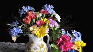 Превью обои гвоздики, герань, плюмбаго, цветы, много, букеты, кувшин, стакан
