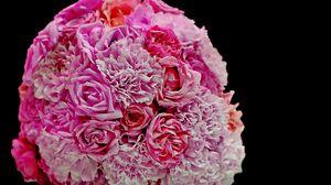 Превью обои гвоздики, розы, букет, розовый