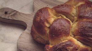 Превью обои хлеб, выпечка, доска, эстетика