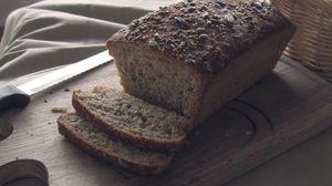 Превью обои хлеб, выпечка, семечки, доска