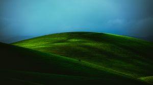 Превью обои холм, поле, зеленый, пейзаж