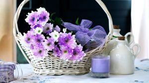 Превью обои хризантемы, цветы, корзина, свеча, бант, оформление