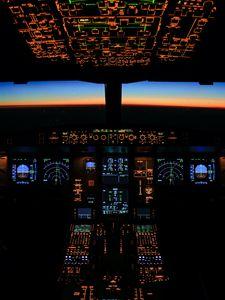 Превью обои кабина, панель, дисплей, кнопки, самолет, вечер