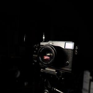 Превью обои камера, фото, темный, черный