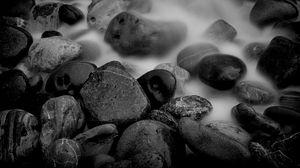 Превью обои камни, влага, чб, форма