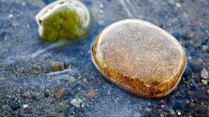 Превью обои камни, влага, море, вода, цветной, морской