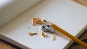 Превью обои карандаш, точилка, блокнот