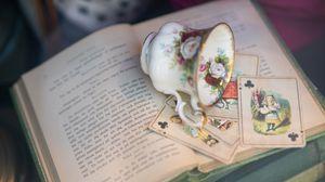 Превью обои карты, чашка, книга, эстетика