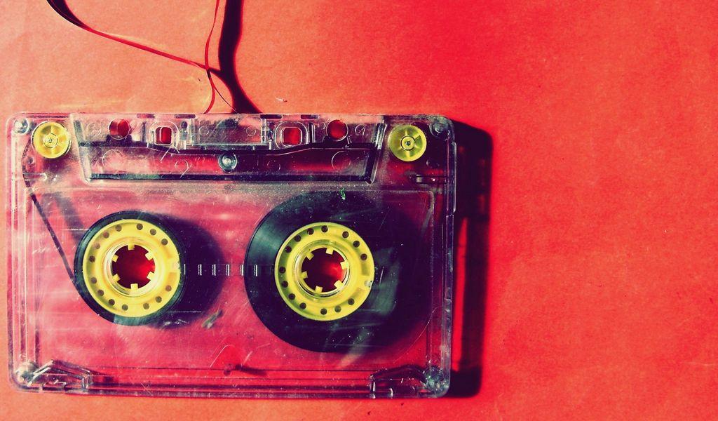 1024x600 Обои кассета, музыка, старинный, пленка