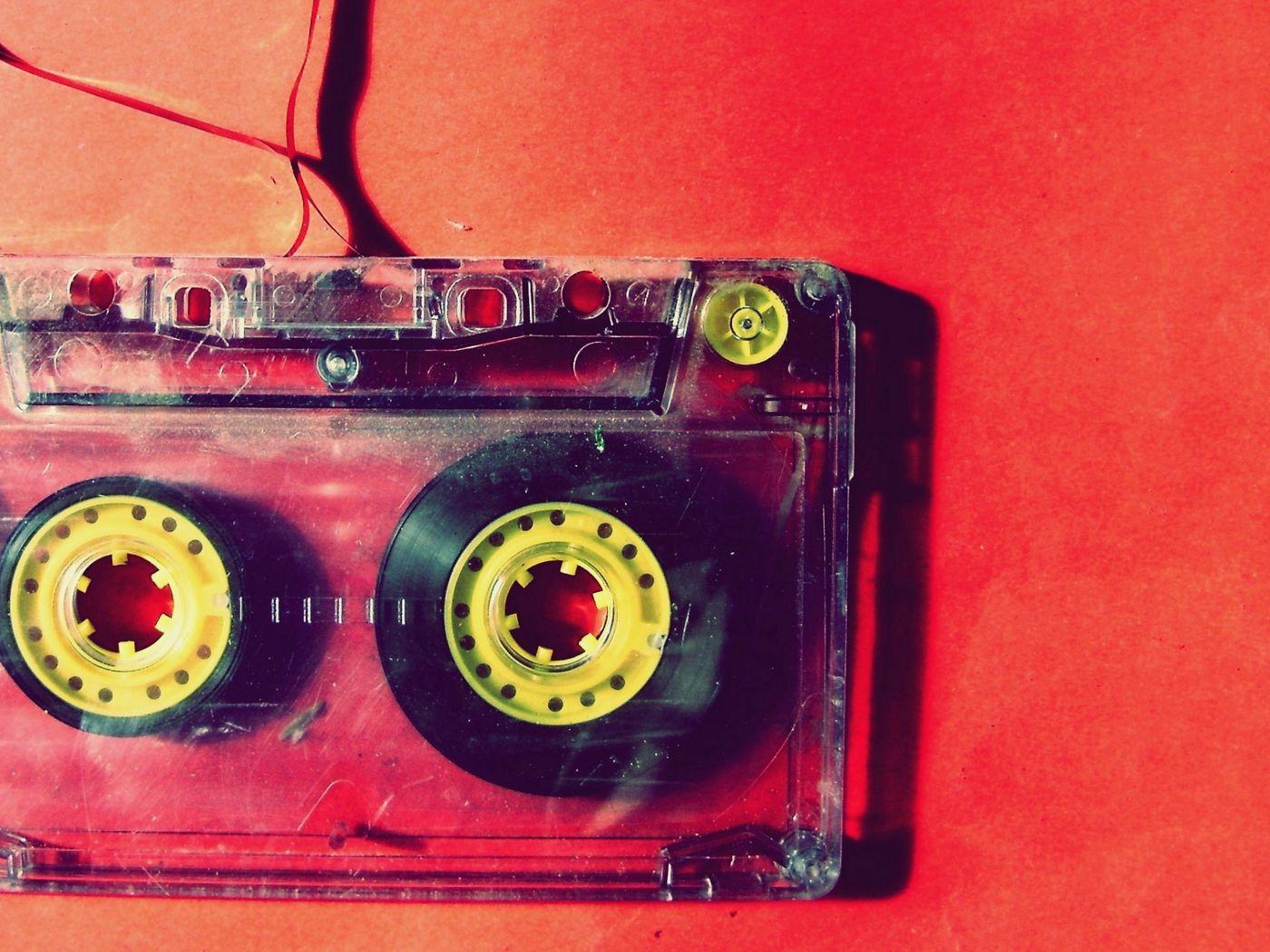 1400x1050 Обои кассета, музыка, старинный, пленка