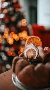 Превью обои кекс, выпечка, сухофрукты, десерт, рождество, уют