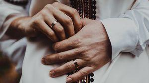 Превью обои кольца, свадьба, любовь, семья