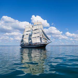 Превью обои корабль, море, небо, парус, волны