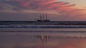 Превью обои корабль, паруса, горизонт, закат