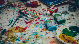 Превью обои краски, пятна, художник, рисование