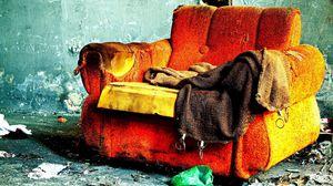 Превью обои кресло, старинный, красочный, рваный