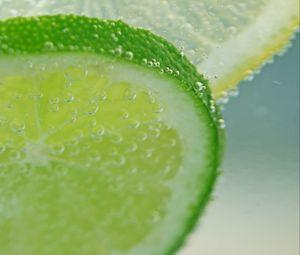 Превью обои лайм, цитрус, лимонад, пузыри, макро