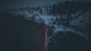 Превью обои лава, вулкан, обрыв, туман, снег, зима