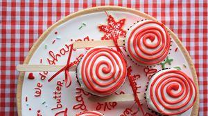 Превью обои леденец, конфета, узор, торт, сюрприз, праздник