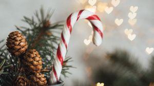 Превью обои леденец, украшения, шишки, новый год, рождество