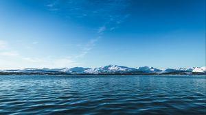 Превью обои ледник, вода, горы, горизонт, заснеженный, лед