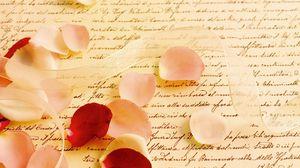 Превью обои лента, лепестки, роза, письмо, пергамент