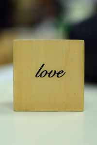 Превью обои любовь, слово, надпись, кубик