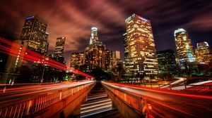 Превью обои лос-анджелес, движение, город, ночь, скорость, небоскребы, hdr