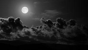 Превью обои луна, облака, небо, черно-белые