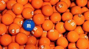 Превью обои m and m, гольф, мячи, яркий