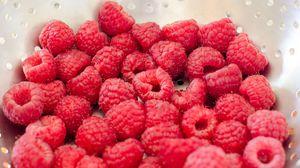 Превью обои малина, ягоды, спелый, макро