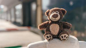 Превью обои медвежонок, игрушка, милый