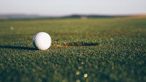 Превью обои гольф, мяч, лунка, газон