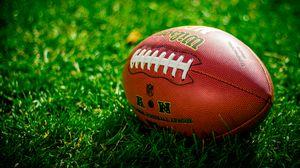 Превью обои мяч, регби, американский футбол, футбол, газон