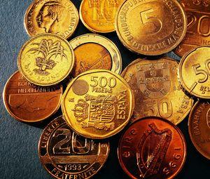 Превью обои монеты, разный номинал, даты, деньги