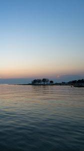 Превью обои море, берег, вода, горизонт, сумерки