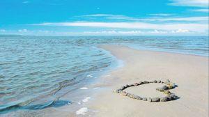 Превью обои море, любовь, романтика, солнце, вода, песок, камни, облака, пейзаж, волны, красота, берег, пляж