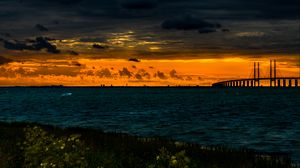 Превью обои мост, водоем, закат, облака