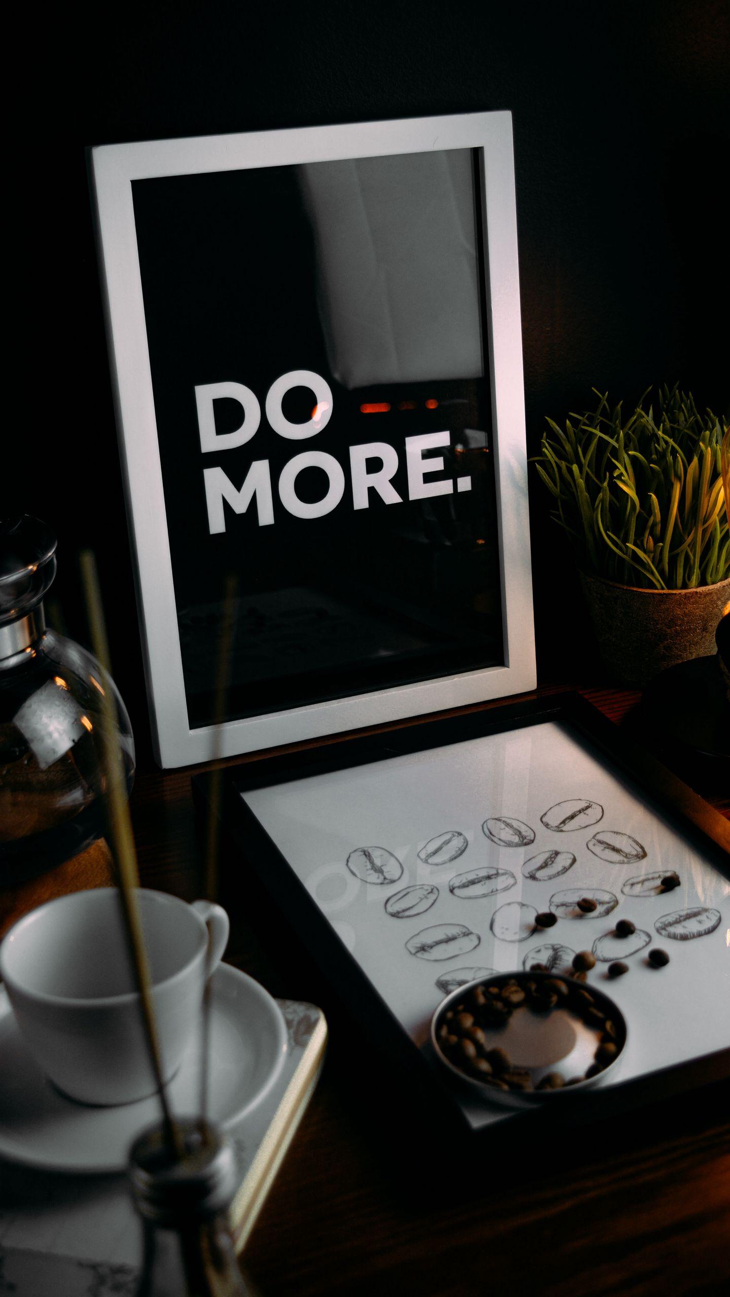 1440x2560 Обои мотивация, фраза, слова, текст, рамка, кофейные зерна