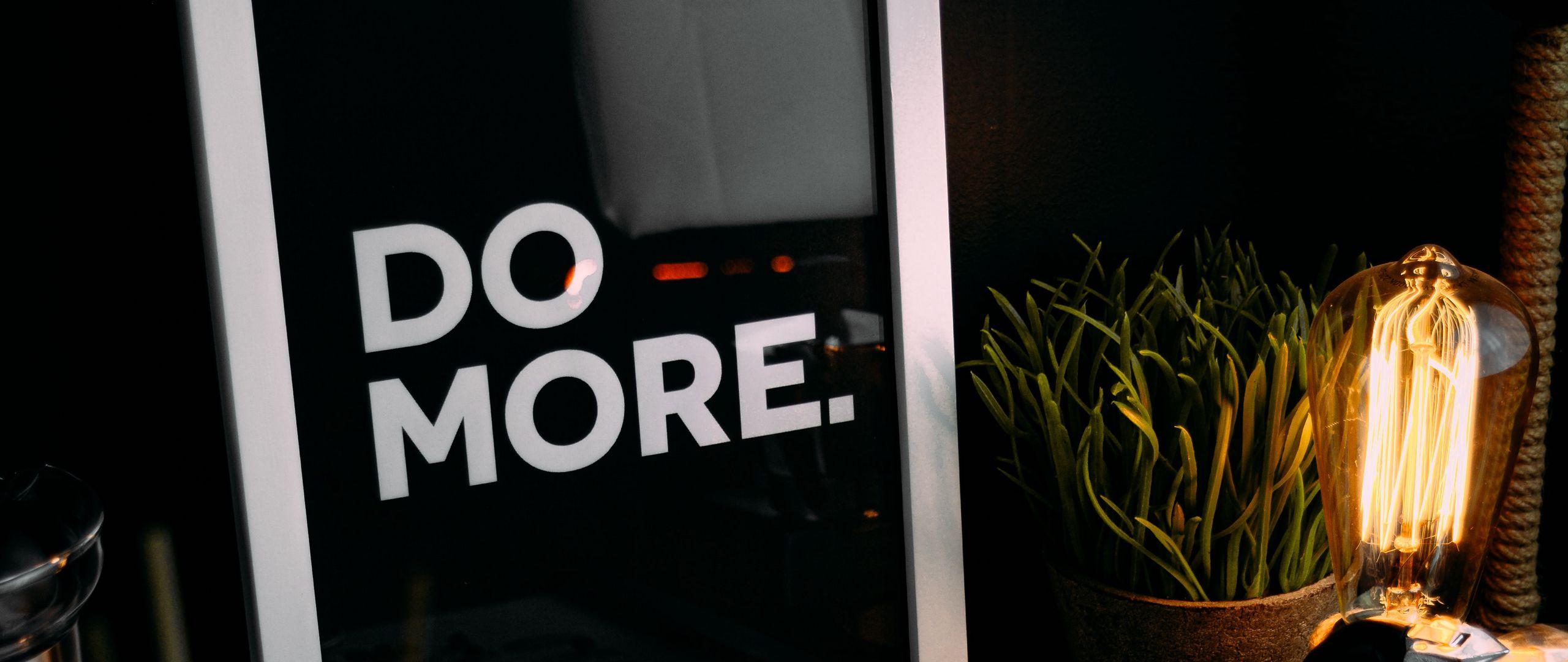 2560x1080 Обои мотивация, фраза, слова, текст, рамка, кофейные зерна