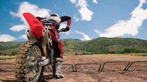 Превью обои мотоспорт, гонки, горы