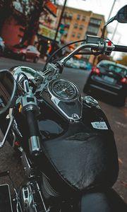 Превью обои мотоцикл, байк, черный, спидометр, стоянка, мото