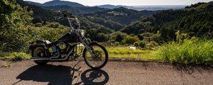 Превью обои мотоцикл, байк, черный, горы, пейзаж