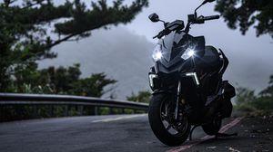 Превью обои мотоцикл, байк, черный, фары, свет