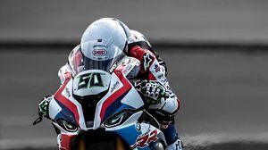 Превью обои мотоцикл, байк, мотоциклист, шлем, скорость